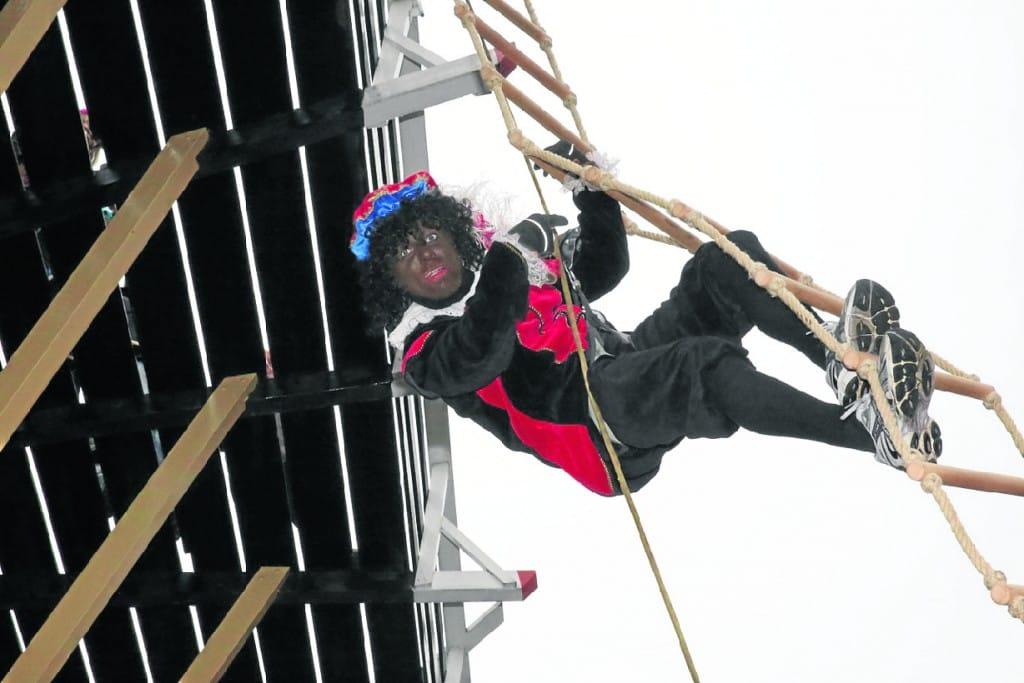 Sinterklaas - klim piet op de trap