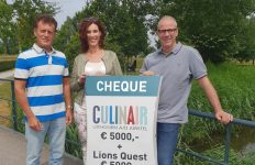 Culinair Uithoorn schenkt 10.000,- aan Music for Kids