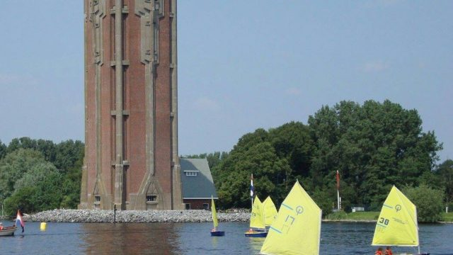 Optimist & kielboot on Tour bij Zeilschool