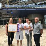 Actie door brandweerteams levert ruim €10.000,- op voor Irene!