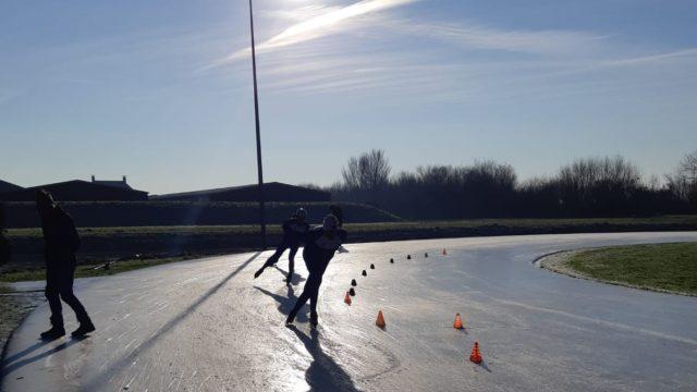 schaatsbaan op skeelerbaan